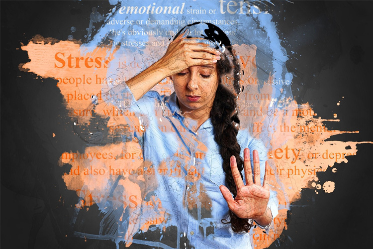 stress causes disordered eating, stress and unhealthy eating, stress and comfort eating, binge eating triggered by stress